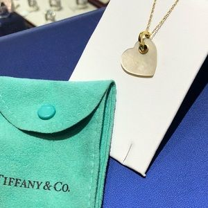 TIFFANY & CO. 18k Gold and Mother of Pearl Pendant
